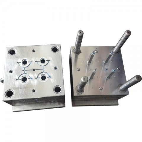 4-cavities syringe mould